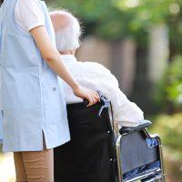 愛知県名古屋市瑞穂区井の元町のカミングホーム瑞穂は、地域密着の介護付き有料老人ホーム・デイサービスセンター。カミングホーム瑞穂では、常駐する介護ヘルパーが、入居者様のサポートに当たります。